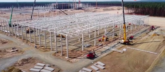 特斯拉柏林超级工厂进展迅速 多栋建筑同时开工