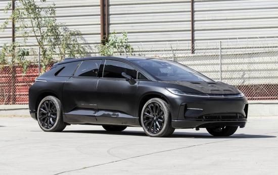 法拉第未来一辆原型电动汽车将拍卖,车内电线裸露